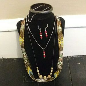 Jewelry - Vintage Navajo Beads 6 piece Jewelry Set